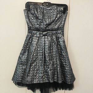 Betsey Johnson silver cocktail dress size 2